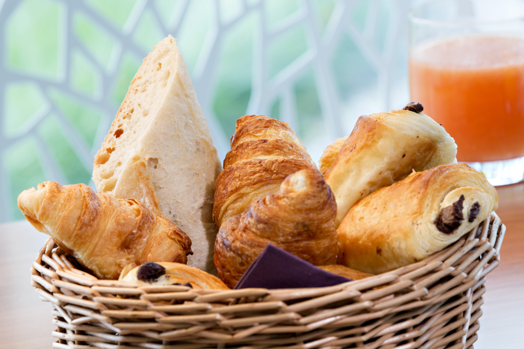 Best Western Plus Paris Vélizy continental breakfast in room